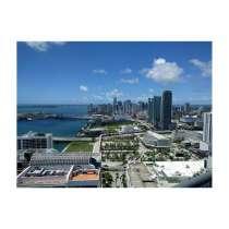 Квартира в Майами с видами на залив, в г.Майами