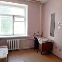 Продам комнату на Нефтестрое, на ул. Курчатова, д.14, в Ярославле