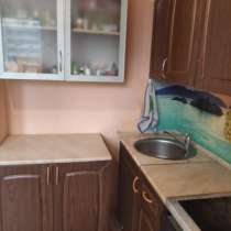 Продаю кухонный гарнитур б/у, в Краснодаре