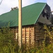 Большой новый дом с баней в петле реки у соснового бора, в Пскове