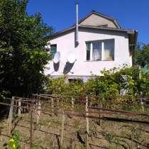 Продаётся шикарный 2-х этажный дом в пос. Кирпичное, в Симферополе