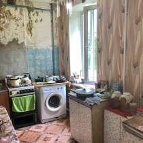Продается четырехкомнатная квартира, в Алексине