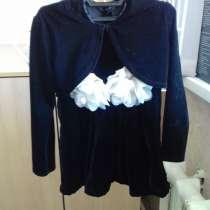 Платье велюровое красивое, в Бийске