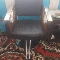 Продаётся парикмахерское кресло!, в г.Астана