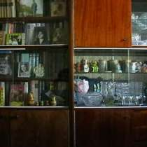 Стенка : КНИЖНЫЙ ШКАФ+ СЕРВАНТ, в Саратове