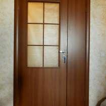 Двери межкомнатные б/у 4 штуки, в Москве