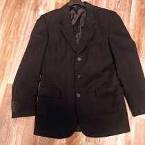 Мужской пиджак чёрный 44 размер, в Красноярске