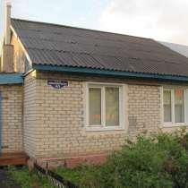 Продаю кирпичный дом 81 кв. м.,13 с. земли,с хоз постройками, в Омске