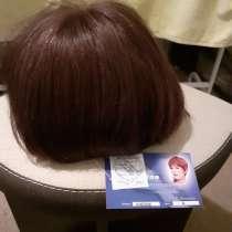 Продаю парик из натуральных волос ручнлй работы, в Москве