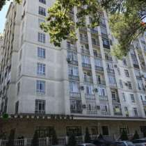 Продаю элитную 2-комнатную квартиру около филармонии, в г.Бишкек