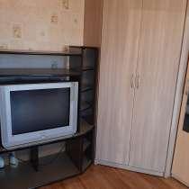 Продам комнату с застекленным болконом, в Челябинске