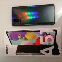Новый телефон на гарантии самсунг А51 полный комплект, в Екатеринбурге
