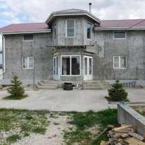 Дом 383 м² на участке 10 сот, в Новороссийске