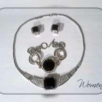 Шикарный комплект бижутерии(колье, браслет, сережки), в г.Кривой Рог