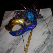 Карнавальная маска, в Калининграде