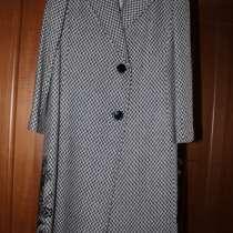 Пальто женское демисезонное, в Санкт-Петербурге
