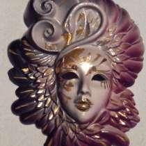 Венецианская маска, в Санкт-Петербурге