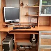 Продам рабочий компьютер вместе со столом в отличном состоян, в г.Павлодар