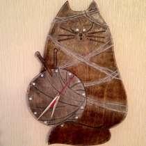Деревянные часы Котофей, в Екатеринбурге