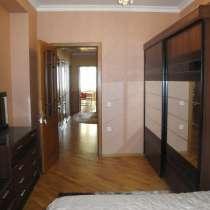 Продается сквозная 3-х комн. кв.125 кв м.9/16 этажа в Баку, в г.Баку