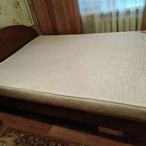 Продаю 2-х спальню кровать, в Барнауле