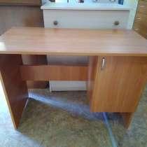 Подростковый письменный стол, самый дешевый в Севастополе!, в Севастополе