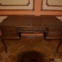 Изящный элитный письменный стол Genoveva натур. кожа Испания, в Москве