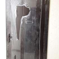 Продаю дверь недорого срочно, в Ростове-на-Дону