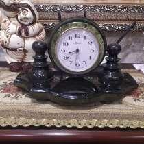 Продам Винтажные Часы, из натурального Уральского камня, в г.Lucerne