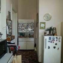 Продаётся двухкомнатная квартира, в г.Баку