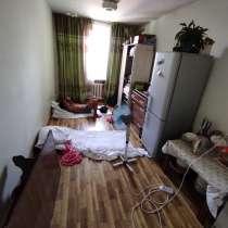 1к. кв. гостиночного типа.ул.Кольбаева12,кв.407.д.пересеч.Ле, в г.Бишкек