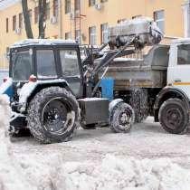 Уборка территории от снега, в Ярославле