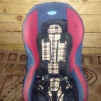 Продам авто кресло плюс накидка 2000, в Минусинске