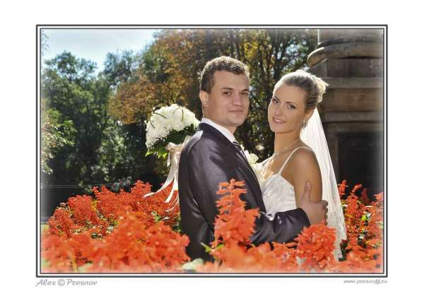 Профессиональный фотограф предлагает фотосъёмку свадеб, банк