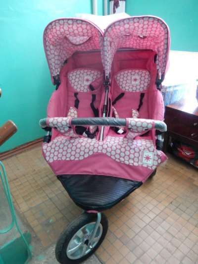 детскую коляску Bebe Confort