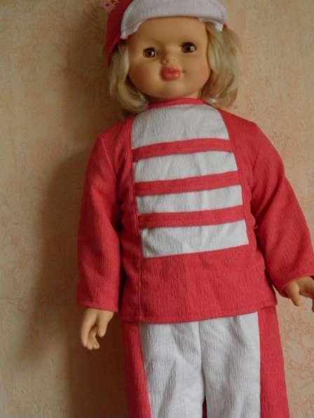 Шикарную большую куклу в отличном состоянии в Анапе