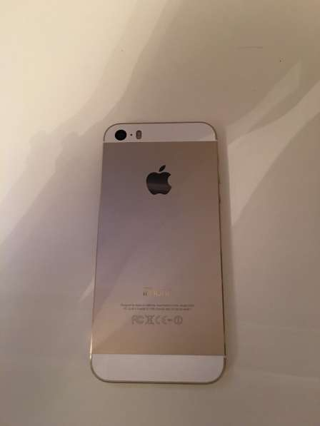 Продам iPhone 5s 16gb gold