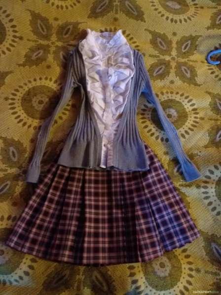 Школьная блузка-кофта р.134-140