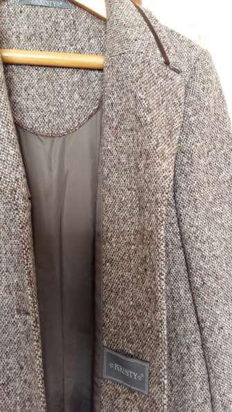 Новое демисезонное пальто в Москве фото 4