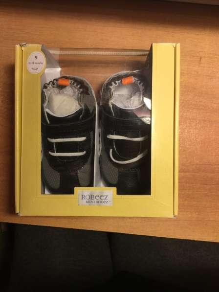 Новые кожаные robeez кроссовки 12-18 мес в коробке в Саратове фото 3