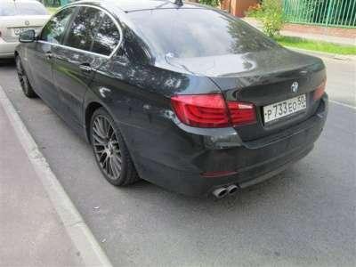 автомобиль BMW 528
