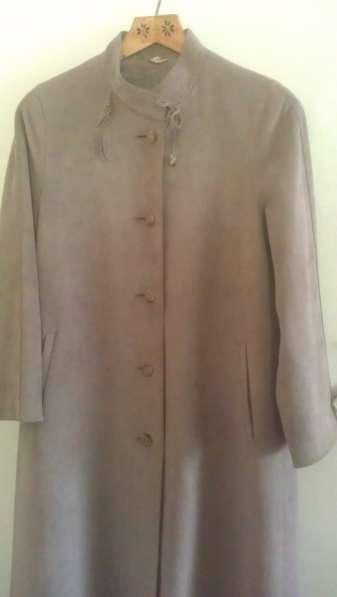 Продам замшевое немецкое пальто