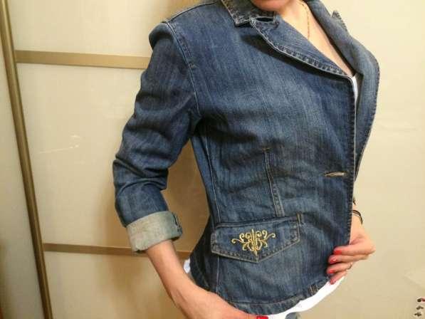 Продам джинсовый пиджак (блейзер)