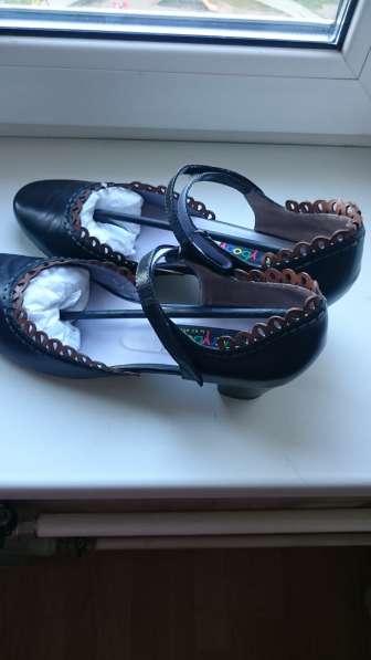 Продаю туфли жен, р-р 42,5 Италия