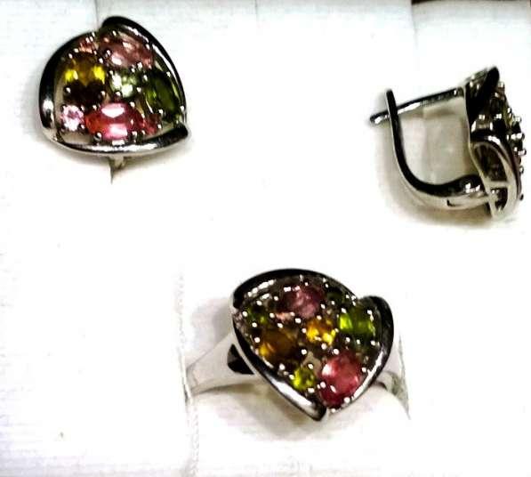 Комплект - серебро с цветными хризолитами