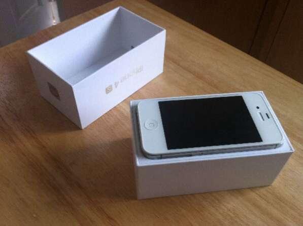 Продам iPhone 4s состояние отличное