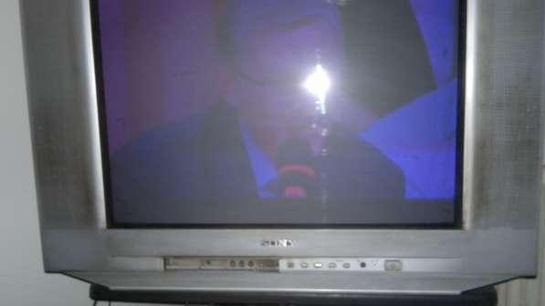 Хочу продать телевизор, 80 см диагональ Sony (Малайзия) б/у