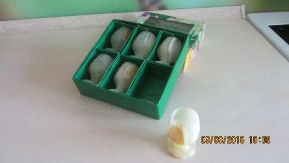 Продам набор рюмок из натурального камня оникс