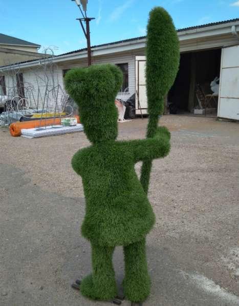 Повар из искусственной травы для рекламы ресторана, кафе в Краснодаре