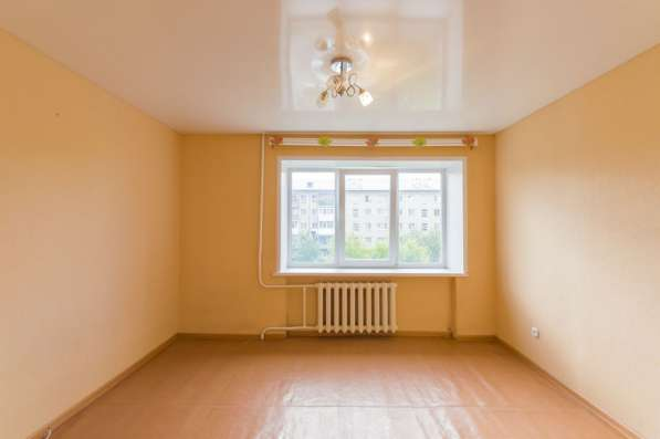 Продам 2-комнатную квартиру (малосемейка)